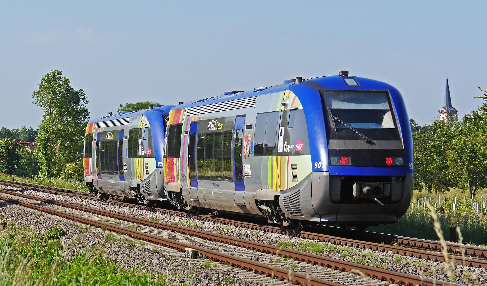 diesel-railcar-2151945_1920